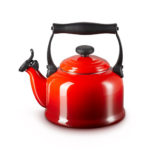 Le Creuset fluitketel Tradition Kersenrood